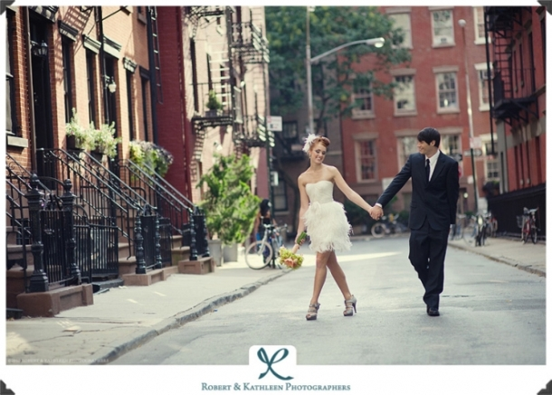 Wedding-Inspired-Photoshoot-Greenwich-Village-NYC-By-Robert-and-Kathleen-17(pp_w665_h477)